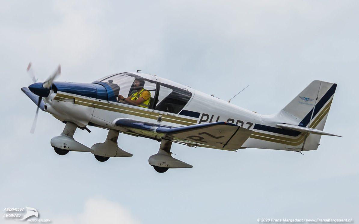 PH-SPZ Robin DR400/140B Airshow Legend