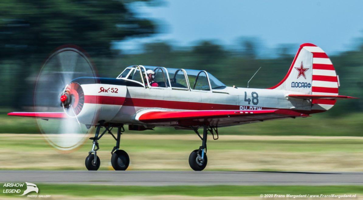 PH-DTW Yakovlev Yak-52 Airshow Legend