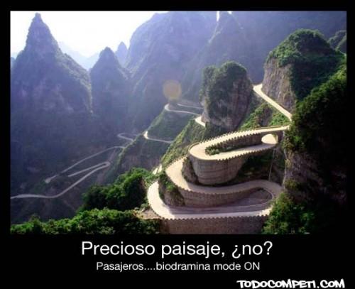 carretera-con-muchas-curvas