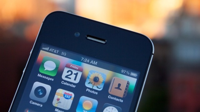 Confronto tra iPhone 5S e iPhone low cost