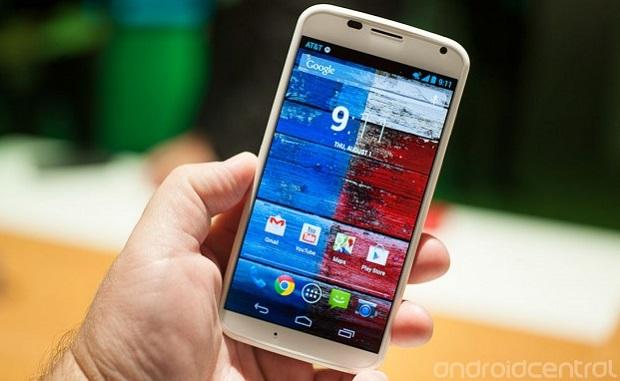 Motorola Moto X: Scheda tecnica, prezzo, foto e video ufficiale