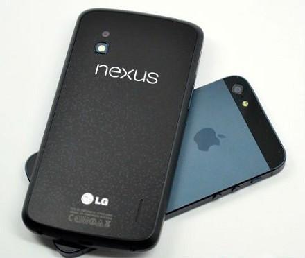 iPhone 5S e Nexus 5 vs iPhone 5C e Nexus 4