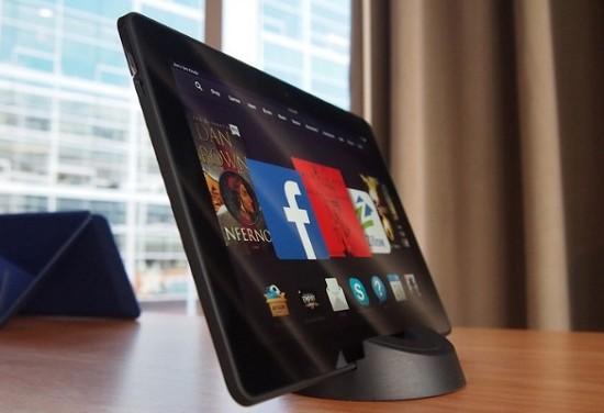 Confronto tra iPad 5, Microsoft Surface 2, Kindle Fire HDX e Nexus 7