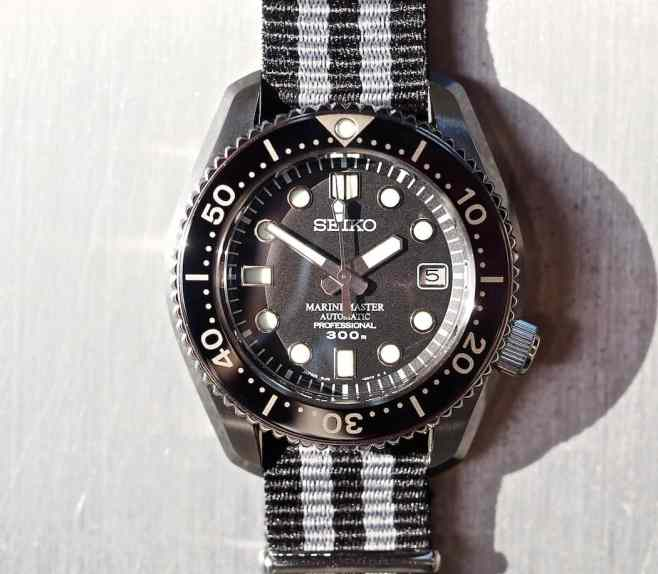 Legibility - in light or darkness is no issue with the Seiko MM300 SBDX017