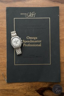 omega-speedmaster-white-gold-08374