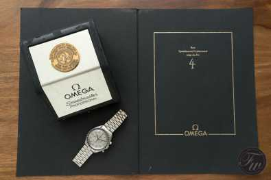omega-speedmaster-white-gold-08397