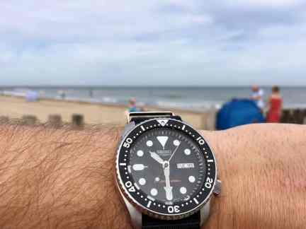 Seiko SKX007 on the beach