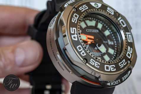 citizen-professional-divers-1000m-9079