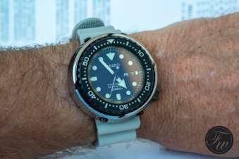 citizen-professional-divers-1000m-9102