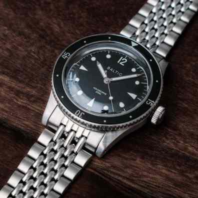 Aquascaphe-black-silver-bor