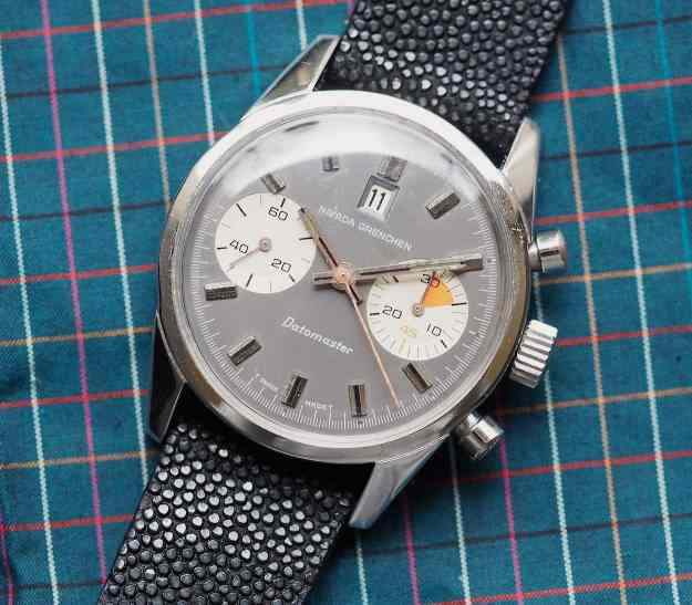 Nivada Grenchen Datomaster is a lovely chronograph from the late 60's/early 70's