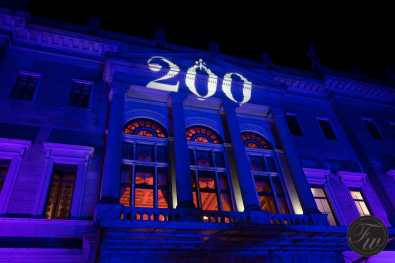 The 200-the birthday sign projected at the Albrechtsberg castle