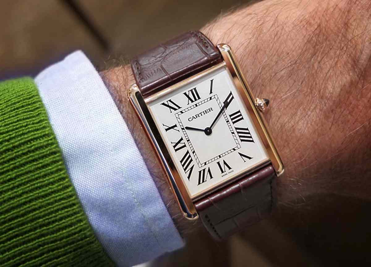 - New version of the  Louis Cartier Tank XL (2013) -