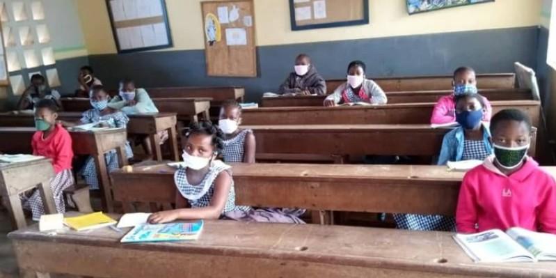 Des élèves ont repris les cours ce lundi à l'intérieur du pays. (DR)