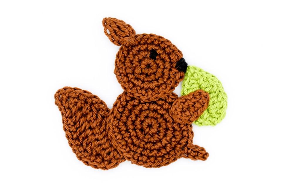 Häkelapplikation Eichhörnchen