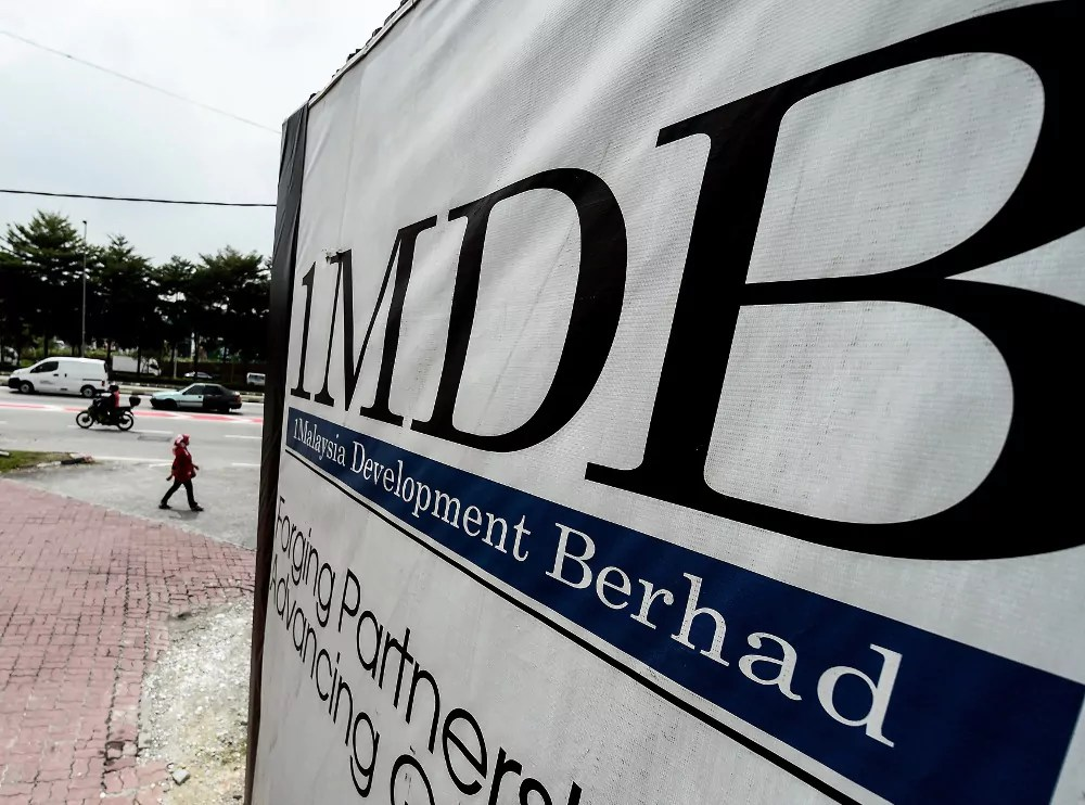 Financial Fraud: 1Malaysia Development Berhad (1MDB) Officials And Their Associates Pay For Obtained From Corruption Involving Malaysian Sovereign Wealth Fund