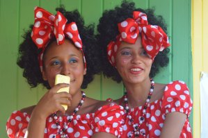 Colombian girls during Curacao Carnival