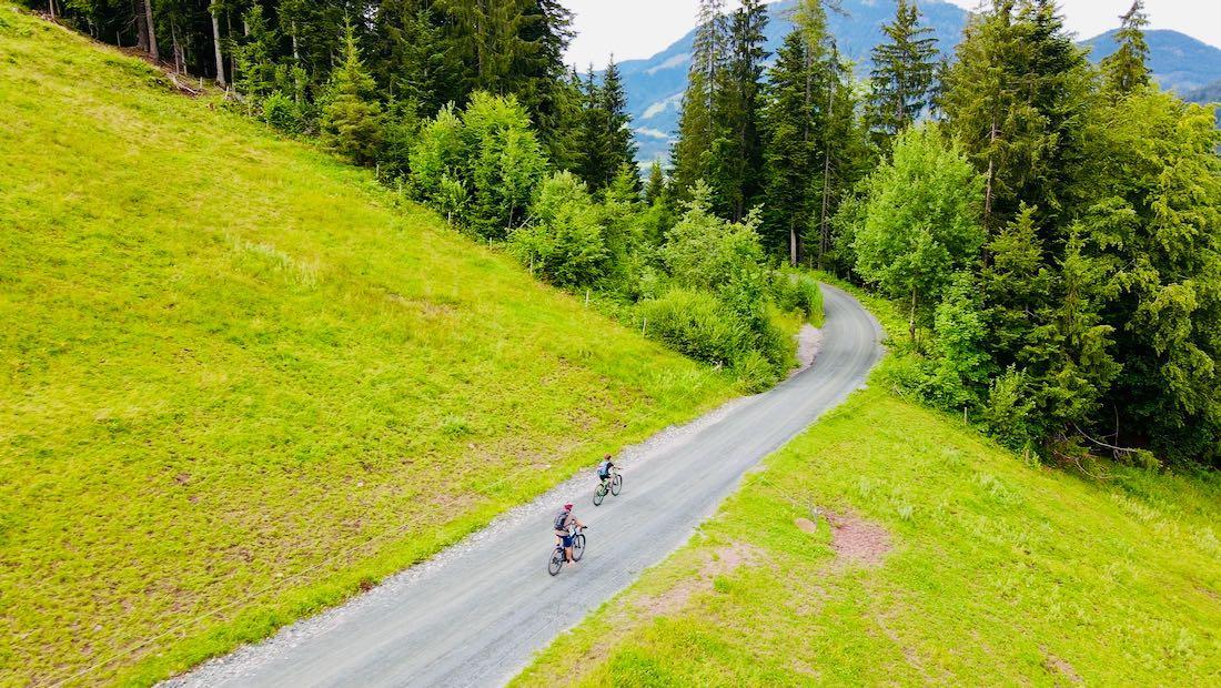 Bergab mit den Bikes