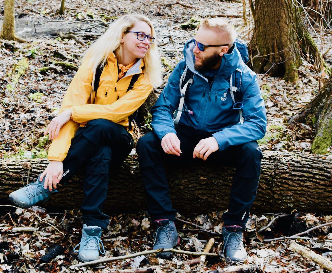 Beyond Nordic - Melanie und Thomas sitzen