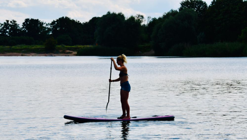 ECD Germany SUP - Melanie auf dem Wasser