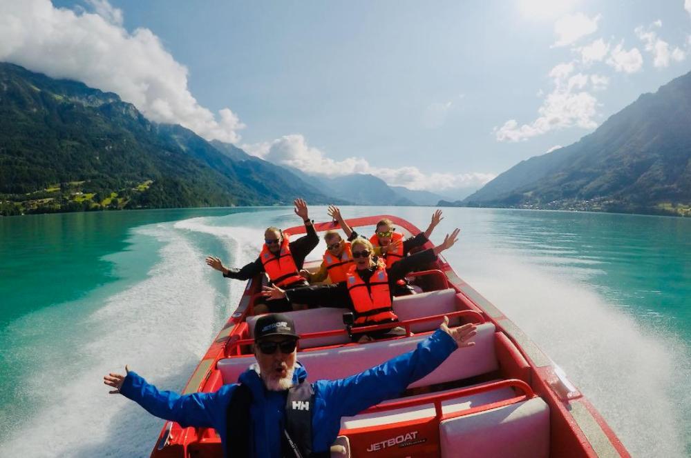 Spass mit dem Jetboat Interlaken