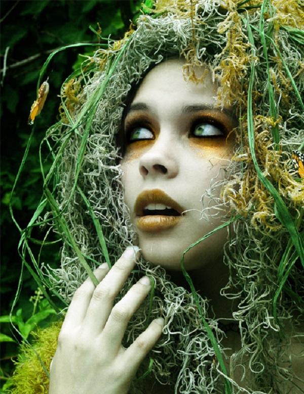 Moss dryad girl
