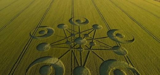 Huge crop circle in Dorset England