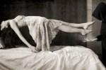 scary-self-levitation