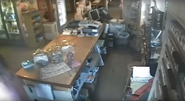 surveillance-video-of-ghost-throwing-glass