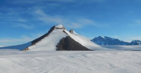 antarctica-pyramid-discovered