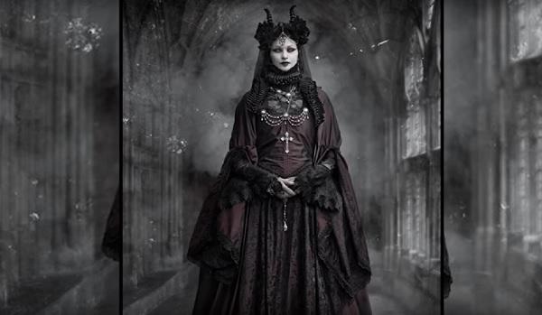 female-vampire