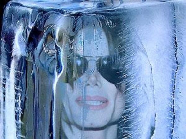 michael-jackson-frozen