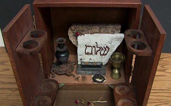 the-dibbuk-box