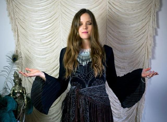 Shaney Marie sex witch healer