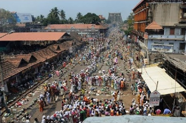 Temple in India crowd