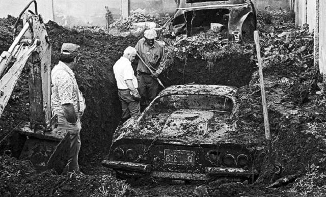 Dino 246 GTS Ferrari car found in backyard