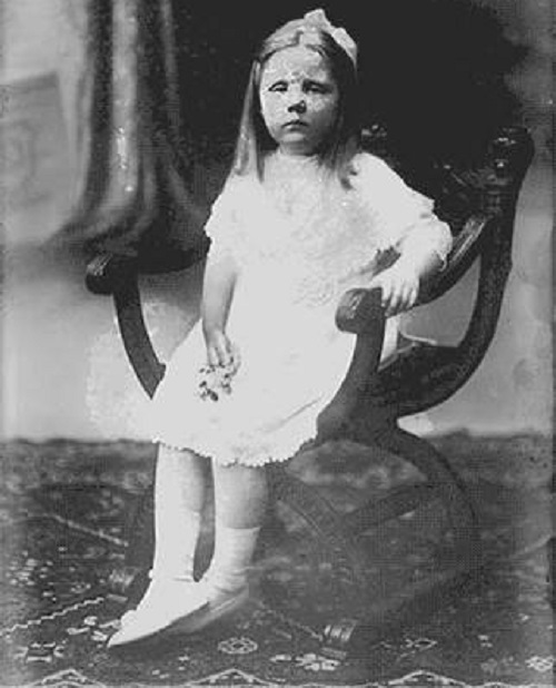 Repleh Snatas little girl