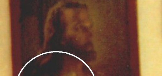 Ghost boy appears inside hanging Jesus painting