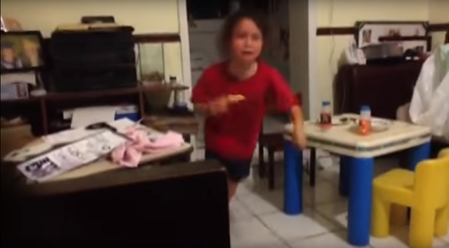 Terrifying scream by little girl seeing ghost