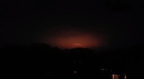 Strange Orange Pulsating Light Filmed Over Gelsenkirchen Germany