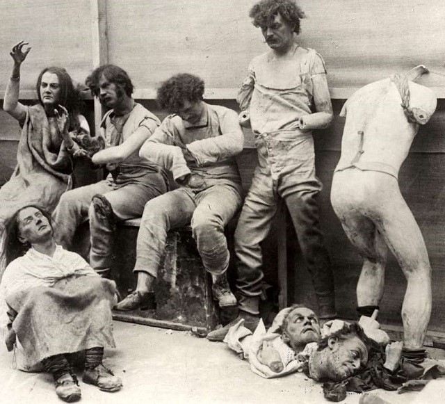 Madame Tussauds burnt mannequins 1925