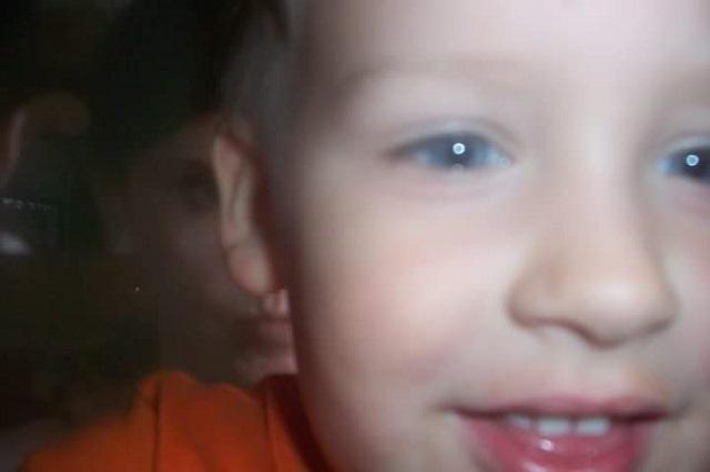 Lori McGhee photo paranormale fils de 3 ans