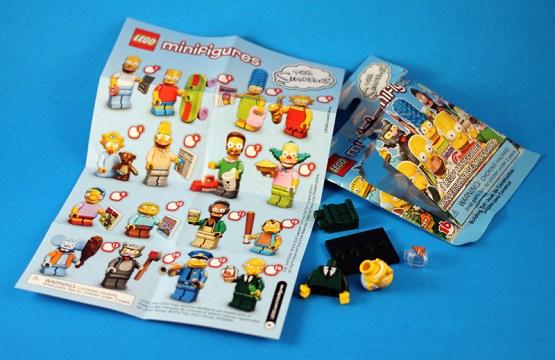 Simpson LEGO Packaging