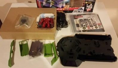 Avengers HQ 1 box open