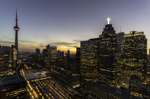 Rooftopping Photography in Toronto