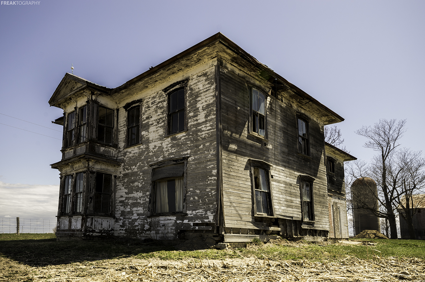 Creepy Abandoned Houses in Ontario