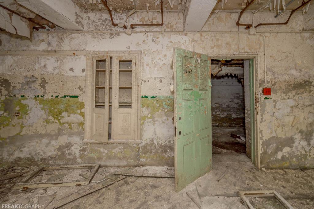 Abandoned Insane Asylum Basement