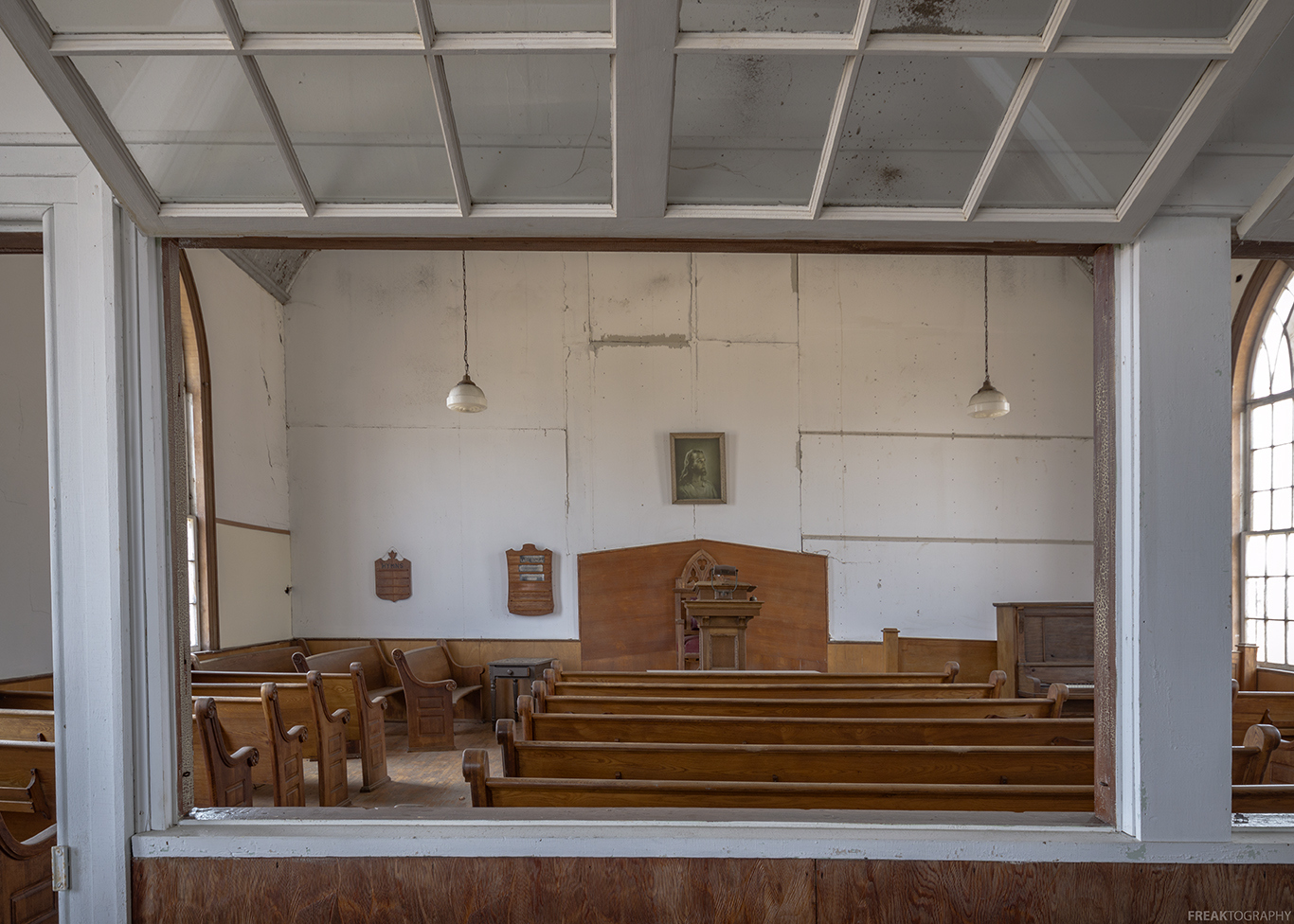 abandoned ontario church by freaktography, Freaktography, abandoned, abandoned photography, abandoned places, creepy, decay, derelict, haunted, haunted places, photography, urban exploration, urban exploration photography, urban explorer, urban exploring
