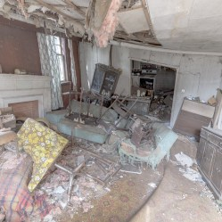 abandoned house in ontario canada