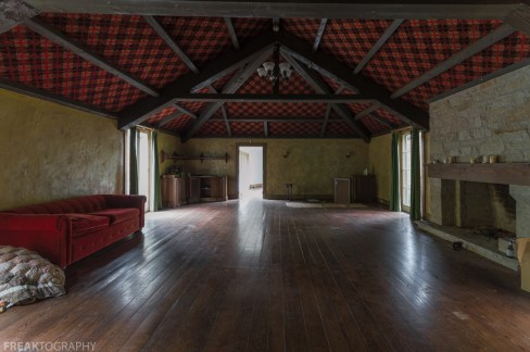 Abandoned Ontario Mansion-63.jpg